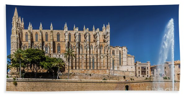 Catedral Basilica De Santa Maria De Mallorca, Spain Bath Towel