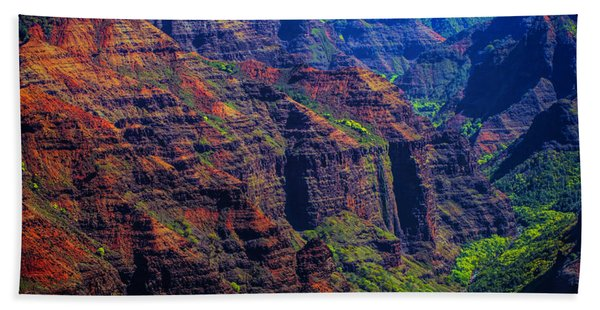 Colorful Mountains Of Kauai Bath Towel
