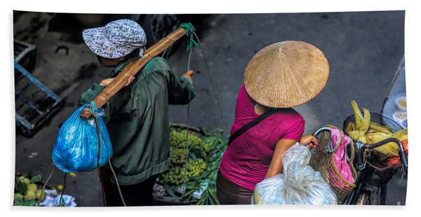 Daily Life Streets Of Hanoi 2 Of 4 Hand Towel