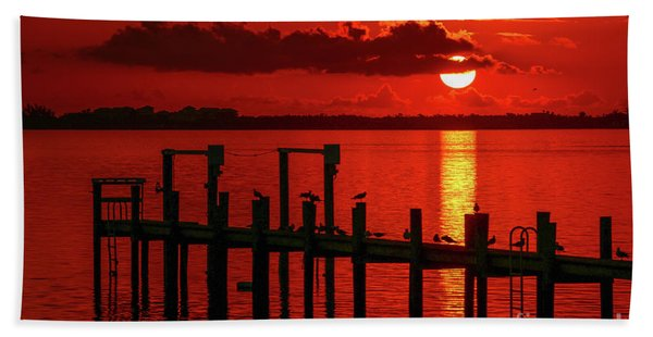 Bath Towel featuring the photograph Fireball And Pier Sunrise by Tom Claud