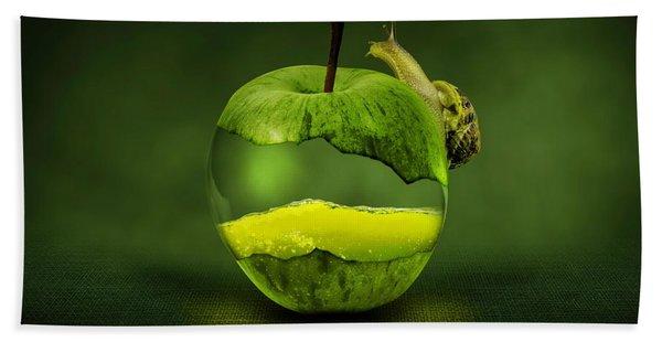 Green Apple Hand Towel