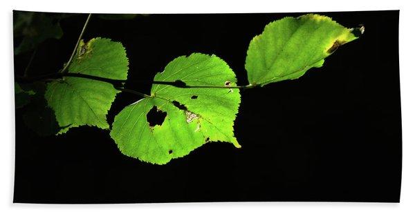 Green Leaves Bath Towel