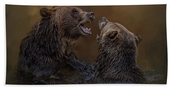 Grizzlies At Play Bath Towel