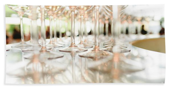 Group Of Empty Transparent Glasses Ready For A Party In A Bar. Bath Towel