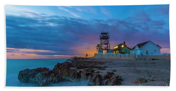 Bath Towel featuring the photograph House Of Refuge Morning by Tom Claud