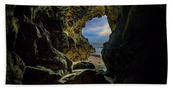 Keyhole Cave In Malibu Bath Towel