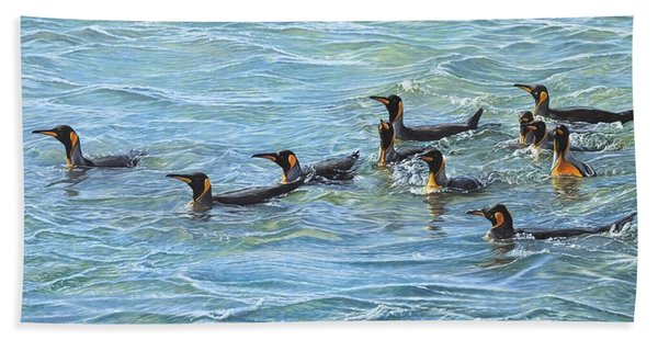 Bath Towel featuring the painting King Penguins Swimming by Alan M Hunt
