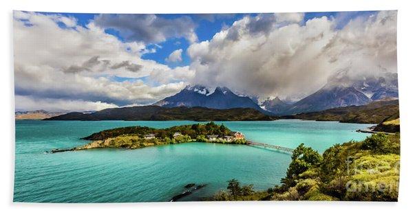 Lago Pehoe, Chile Bath Towel