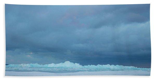 Mackinaw City Ice Formations 21618012 Bath Towel