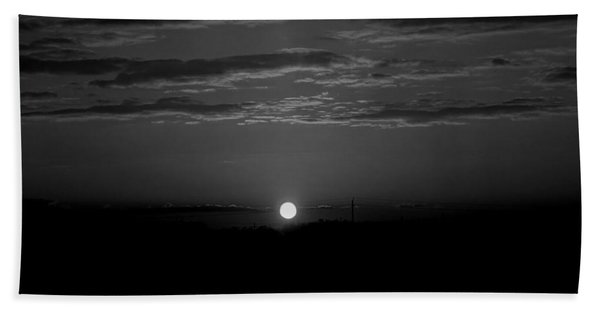 Bath Towel featuring the photograph Monochrome Sunrise by Bee-Bee Deigner
