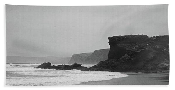 Ocean Memories II Bath Towel
