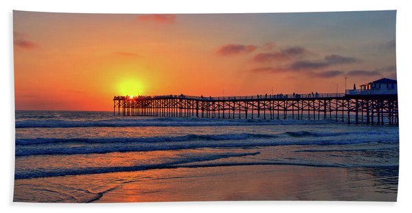 Pacific Beach Pier Sunset Bath Towel