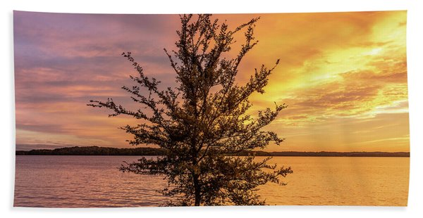 Percy Priest Lake Sunset Young Tree Bath Towel