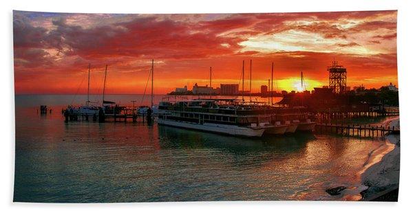 Sunrise In Cancun Bath Towel