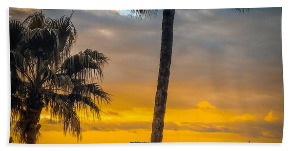 Sunset On The Island Bath Towel