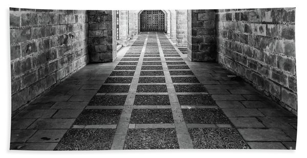 Symmetry In Black And White Bath Towel