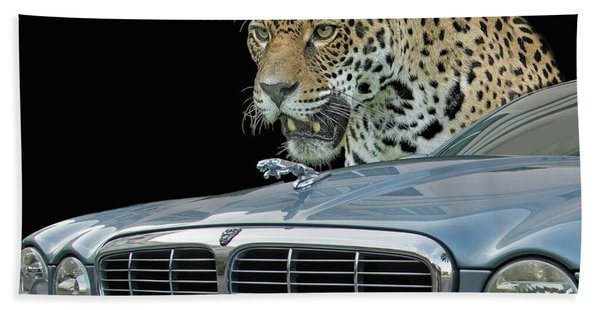 Bath Towel featuring the photograph Two Jaguars 2 by Larry Linton
