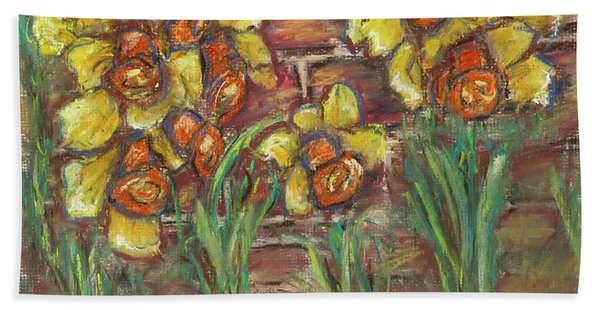 Two Toned Daffodils Hand Towel