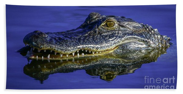 Bath Towel featuring the photograph Wetlands Gator Close-up by Tom Claud
