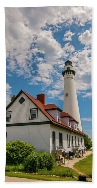 Wind Point Lighthouse No. 2 Hand Towel
