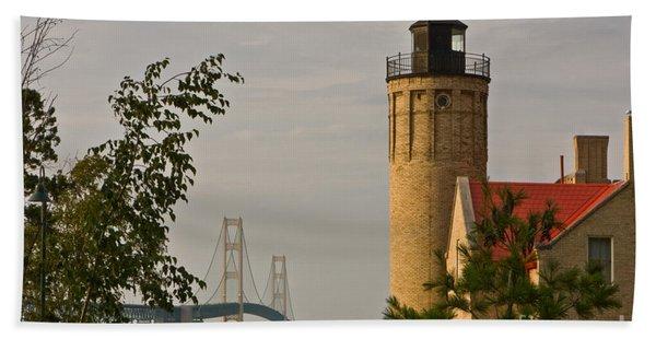 0558 Old Mackinac Point Lighthouse Beach Towel