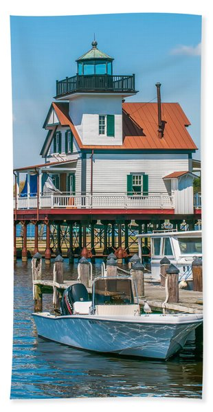 Town Of Edenton Roanoke River Lighthouse In Nc Beach Towel