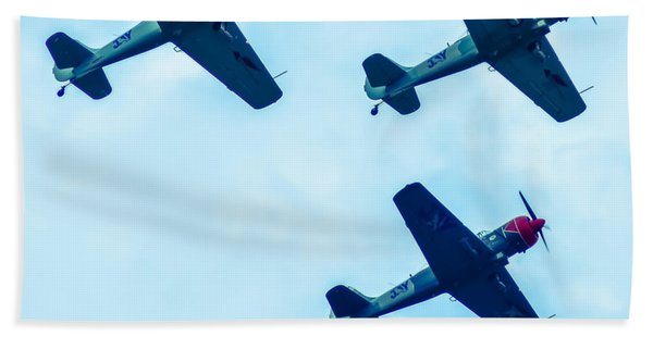 Action In The Sky During An Airshow Beach Towel