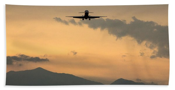 American Airlines Approach Beach Towel