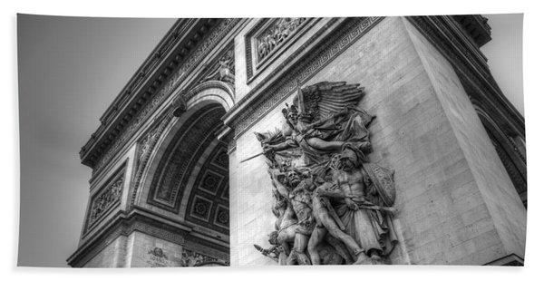 Arc De Triomphe In Black And White Beach Towel