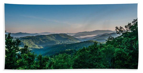 Beautiful Scenery From Crowders Mountain In North Carolina Beach Towel