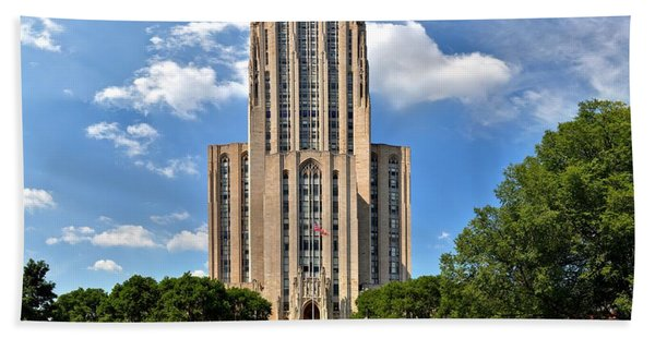 Cathedral Of Learning Pittsburgh Pa Beach Towel