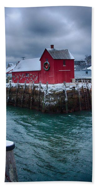 Beach Towel featuring the photograph Christmas In Rockport Massachusetts by Jeff Folger