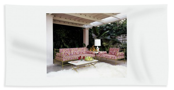 Garden-guest Room At The Chimneys Beach Towel