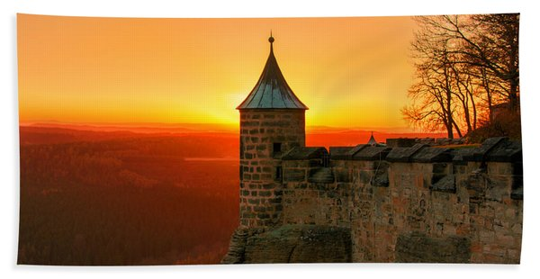 Low Sun On The Fortress Koenigstein Beach Towel