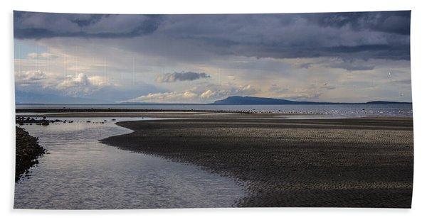 Tidal Design Beach Towel