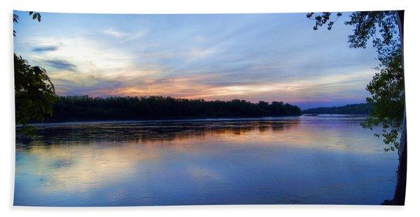 Missouri River Blues Beach Towel