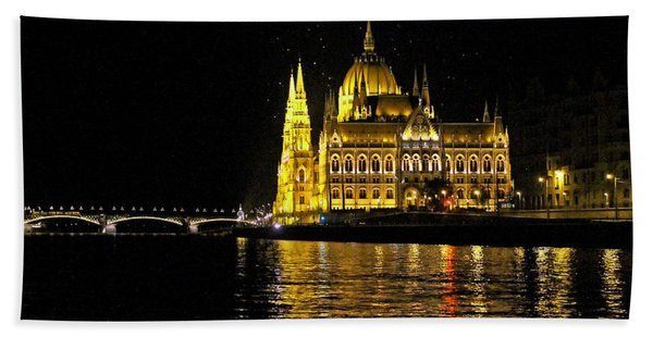 Parliament At Night Beach Towel