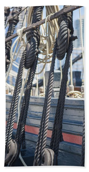 Pulley And Stay Beach Towel