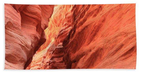 Red Rock Bend Beach Towel