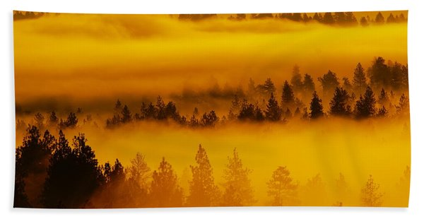 River Fog Rising Beach Towel