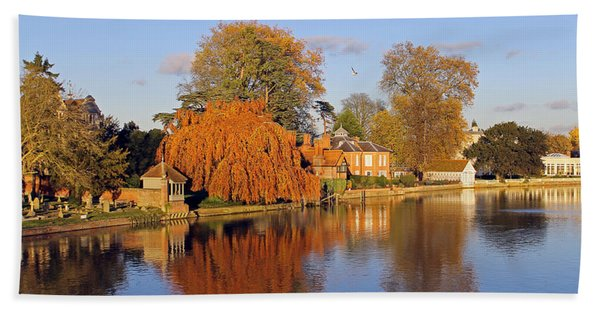 River Thames At Marlow Beach Towel