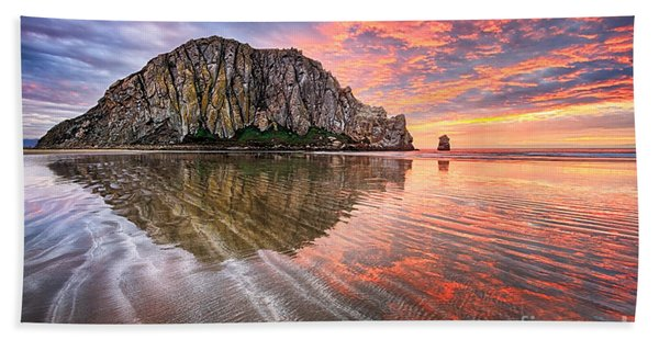 Sapphire Red Beach Sheet