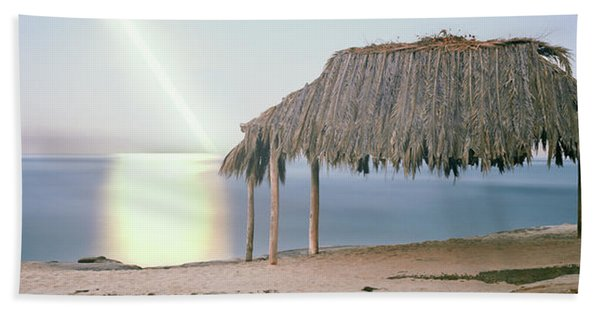 Thatched Roof On The Beach, Windansea Beach Towel
