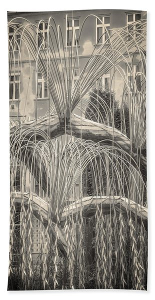 Tree Of Life Dohany Street Synagogue Beach Towel