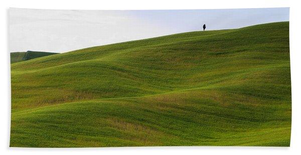 Tuscany Landscape Beach Towel