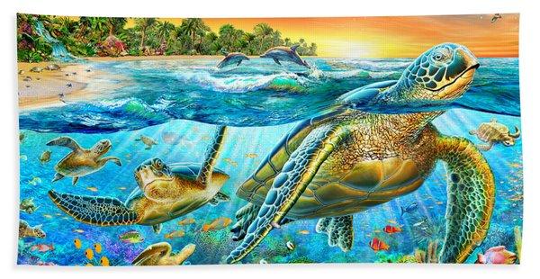 Underwater Turtles Beach Towel
