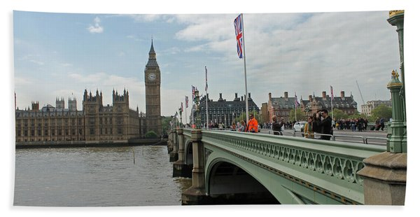 Westminster Bridge Beach Towel