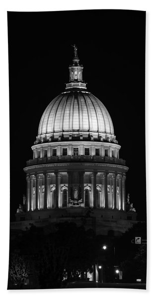 Wisconsin State Capitol Building At Night Black And White Beach Towel