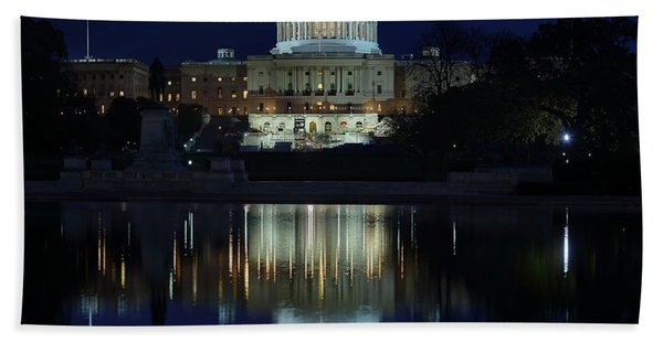 Us Capitol - Pre-dawn Getting Ready Beach Towel