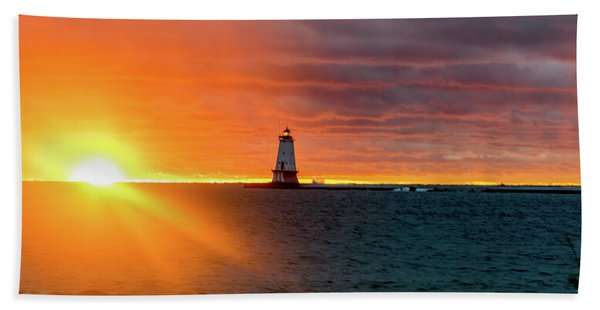 Sunset And Lighthouse Beach Towel